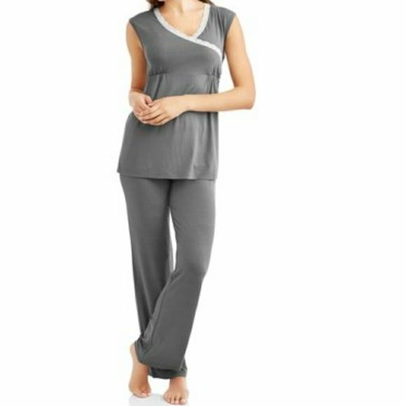 1a8b488d7b Lamaze Other - Nurture by Lamaze Maternity Nursing pajamas